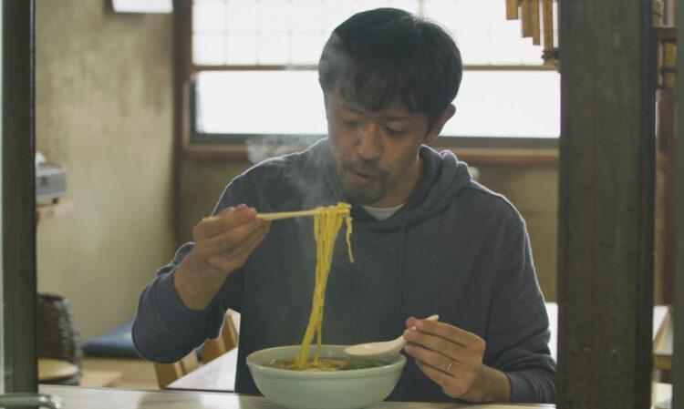 The Road to Red Restaurants List - มนุษย์เงินเดือนตระเวนชิม : มินิซีรีส์ญี่ปุ่นเรื่องหนุ่มออฟฟิศ ผู้ตามหาอาหารใกล้สูญพันธุ์ในคืนวันศุกร์