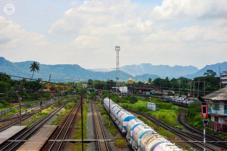 นั่งรถไฟไปโคราช ฝ่าดงพญาเย็นแสนงาม ชมเส้นทางรถไฟสายแรกของไทยที่กำลังจะเปลี่ยนแปลง