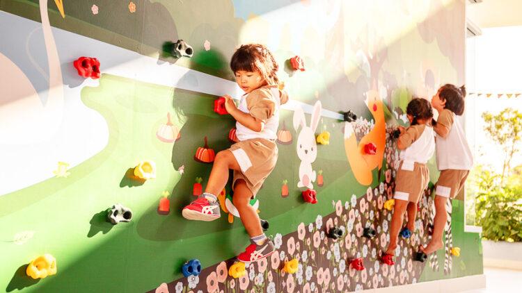 โรงเรียนนานาชาติ Hummingbird ที่นำเอาทักษะสมองส่วนหน้ากับวินัยเชิงบวกมาใช้ในการพัฒนาเด็ก และในอนาคตจะไปพัฒนาชาติ
