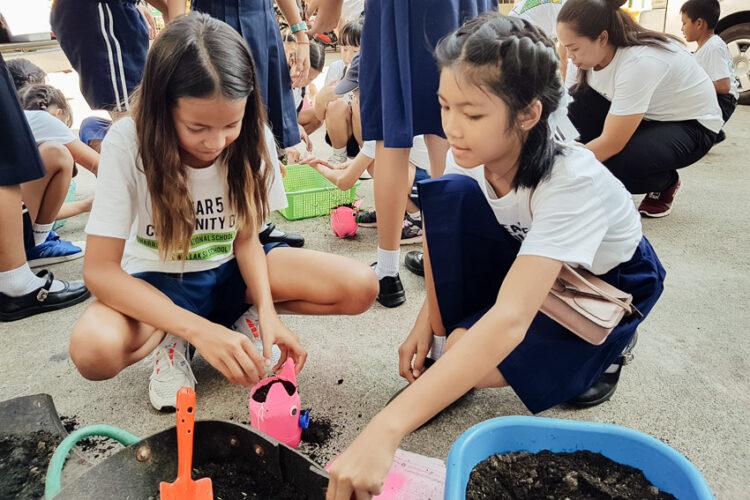 วิธีสอนเรื่องธรรมชาติแบบครูชาวฮ่องกงของโรงเรียน Harrow ซึ่งร่วมโครงการสิ่งแวดล้อมศึกษาที่ใหญ่สุดในโลก Eco Schools ของ WWF