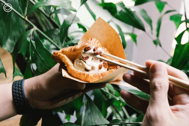 qraft. : ครัวซองต์กับของกินแนวคิดแบบตะวันออก และการปล่อยพลังของทีมงานร้านชา Peace